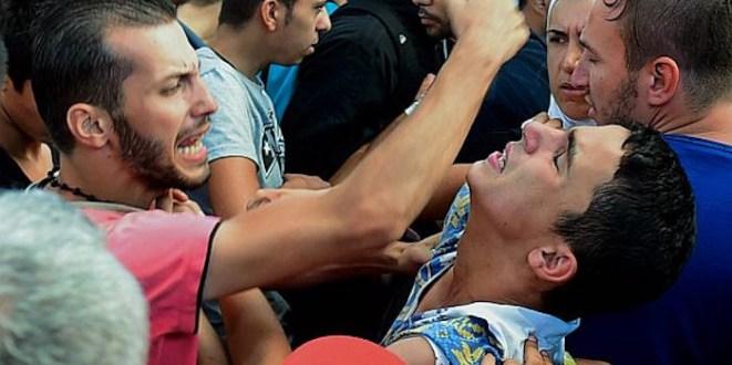 آلمان:۴۰ هزار پناهجوی مسیحی در مراکز نگهداری توسط مسلمانان آزار و اذیت شده اند!