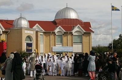 واکنش منفی شهروندان سوئد به طرح ساخت مسجد
