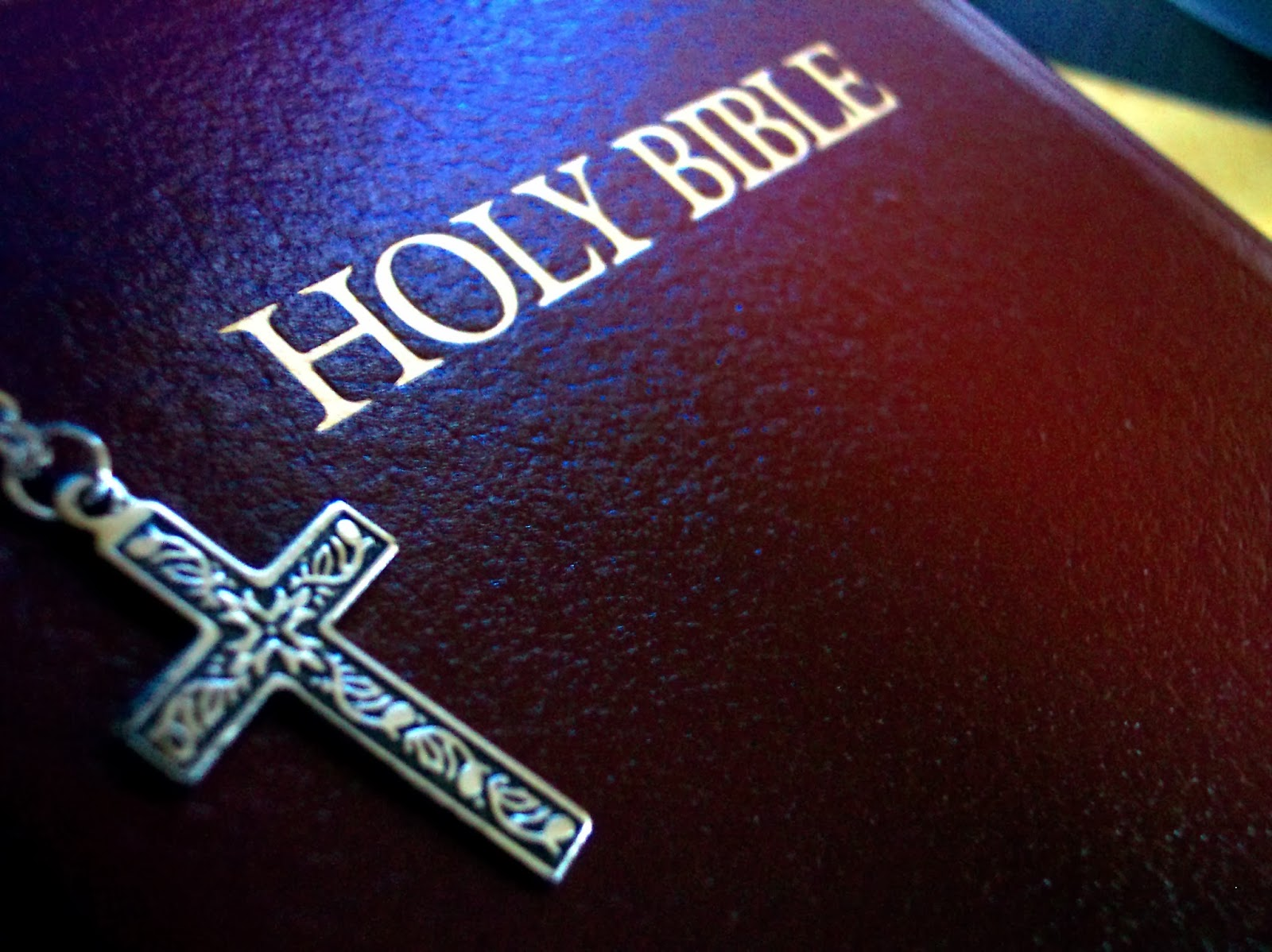 holy-bible (1)