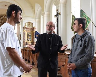 پناهندگی در کلیسا؛ تخطی از قوانین آلمان