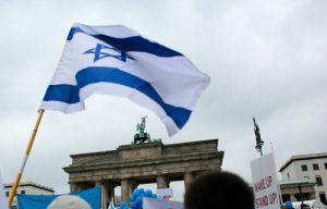 احزاب آلمانی: مهاجرانی که اسرائیل را به رسمیت نمی شناسند اخراج کنید