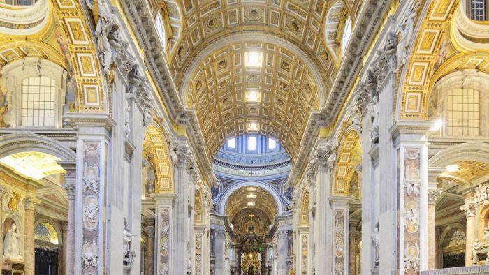 تفاوت کلیسای جهانی و کلیسای محلی چیست؟
